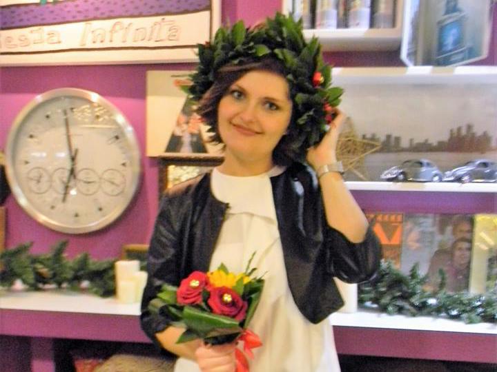 Aurora Belli, neo-Infermiera.