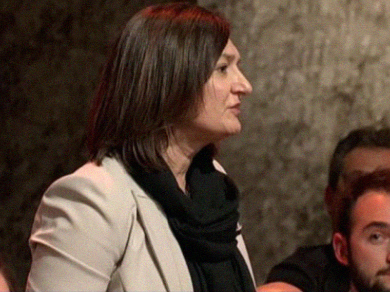 Barbara Mangiacavalli annuncia la nascita ufficiale dell'Ordine degli Infermieri.