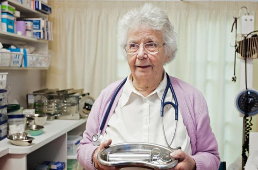 Infermieri sempre più anziani, ostaggio di uno stato che non ci concede la meritata pensione!