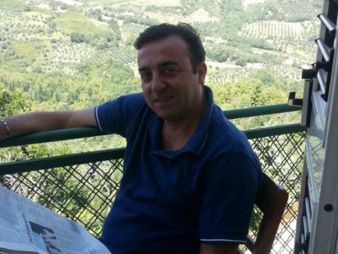 Camillo Borzacchiello, autore del volume.