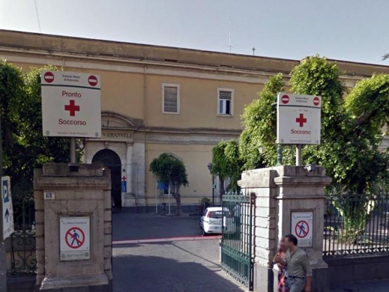 Infermieri aggrediti in Sicilia: 24enne violento rifiuta TSO.