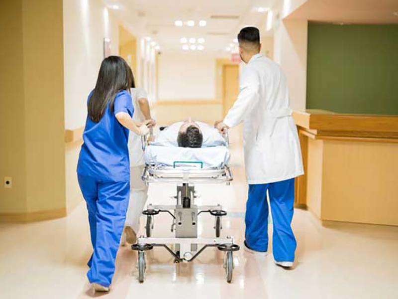 Trasporti Pazienti Ospedale Imola: polemiche della Lega