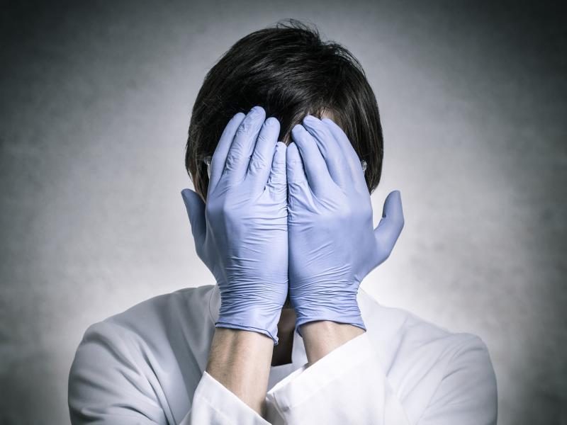 Team e ruolo del front-line per Medici, Infermieri, Oss e Professioni Sanitarie. Tra errori attivi e latenti.