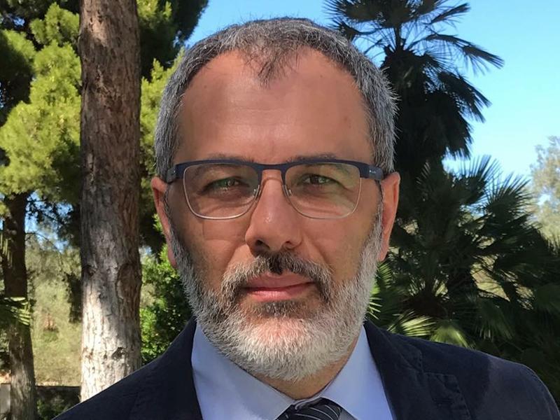 """Alessandro Beux: """"i Tecnici di Laboratorio Biomedico fanno confusione su Super-Ordine e Maxi-Albo""""."""
