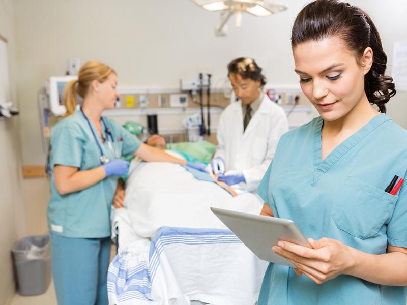 Aderenza terapeutica: Infermieri riferimento assoluto per il paziente