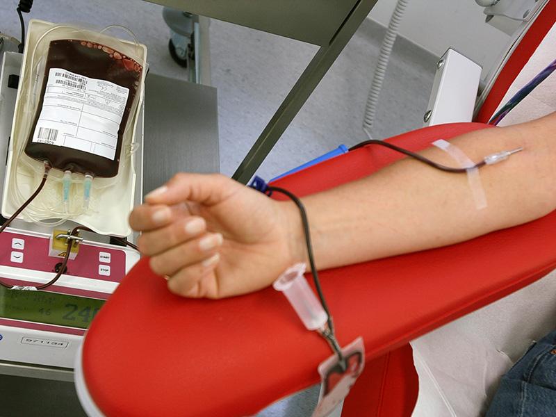 Infermieri evitano blocco operatorio donando sangue!
