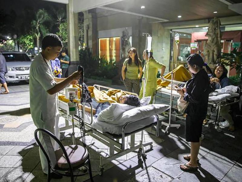 Terremoto in Indonesia. Morti, feriti, distruzione: emergenza sanitaria.