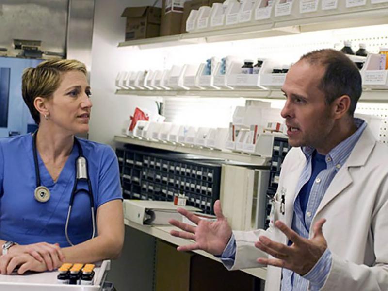Infermieri in Farmacia: azienda seleziona personale in tutta Italia, 3000 euro lo stipendio.