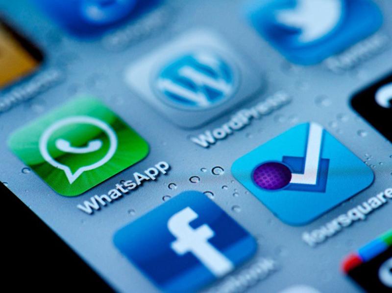 Infermieri, App e Social-Network: in Inghilterra colleghi finiscono nei guai e in Italia?