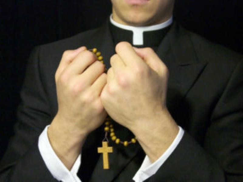 ASL Bari nega assistenza spirituale agli ammalati. Protesta la FIALS.