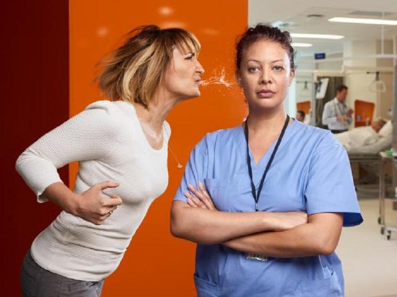 Violenza e aggressioni: parla infermiere colpito!