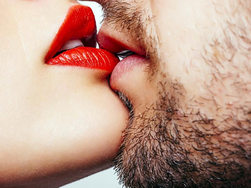 Mononucleosi: come si cura la malattia del bacio?