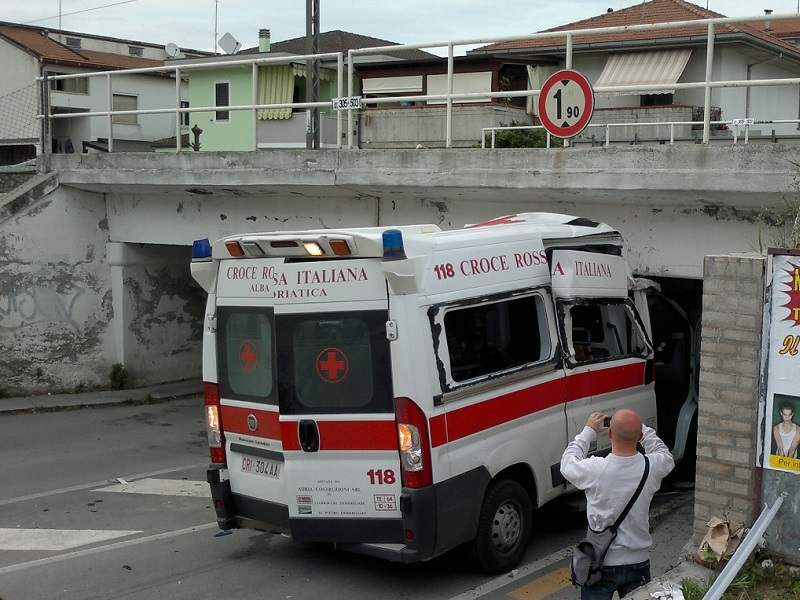 Emergenza: volontari ostacolano Medici e Infermieri?