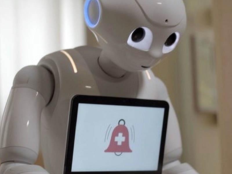 Infermieri-Robot nell'Ospedale di Padre Pio in Puglia.
