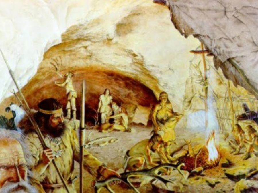 L'assistenza infermieristica e sanitaria nasce nella preistoria: esempi tangibili a Grotta Paglicci in Puglia già a partire dal Paleolitico.