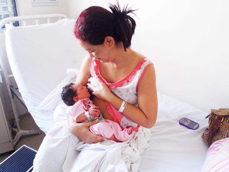 Ostetriche: facciamo formazione e promuoviamo l'allattamento al seno materno.