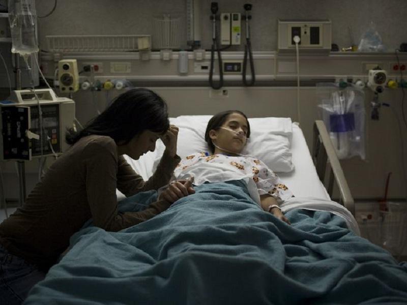 Infermiera: la Paziente era spacciata, ma una preghiera l'ha salvata.