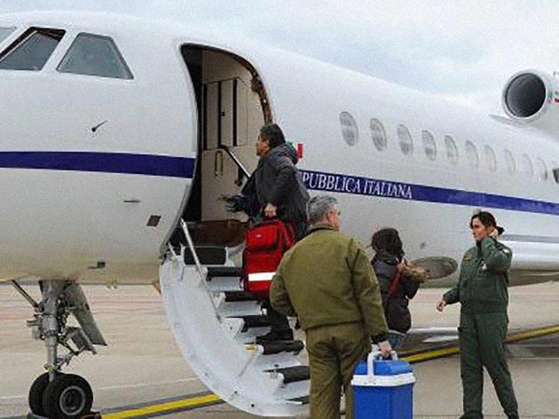 Neonato in pericolo di vita: volo d'urgenza dalla Calabria al Gaslini di Genova.