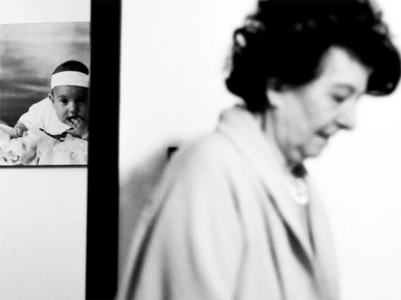 Alzheimer e amore: ecco la storia di nonna e nipote in un film.