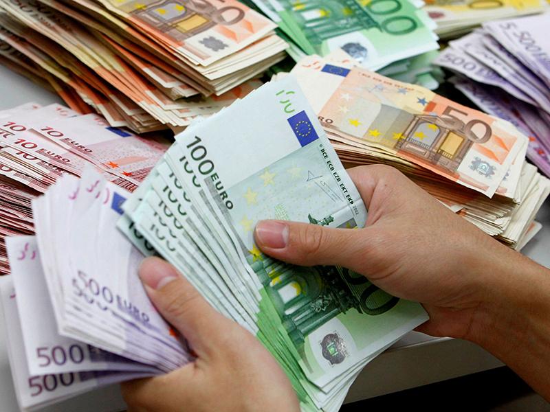 Infermieri, OSS e Professionisti Sanitari Romagnoli riceveranno aumenti stipendiali.