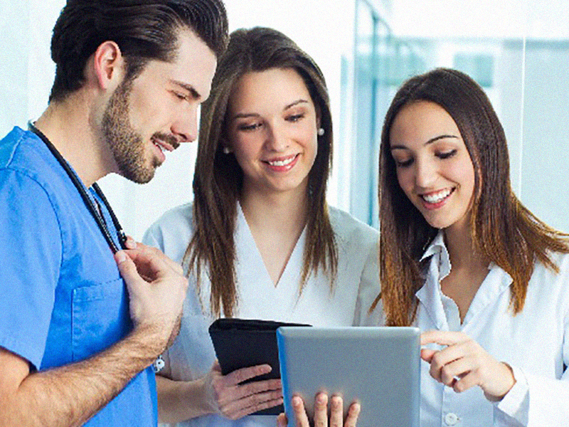 3/4 dei dipendenti AUSL sono Infermiere, Oss, Ostetriche e Professioniste Sanitarie.