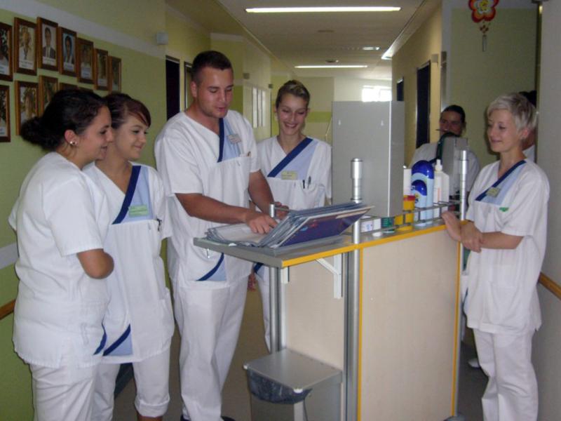 Corso di Laurea Infermieristica e Professioni Sanitarie: 6 consigli per risparmiare.