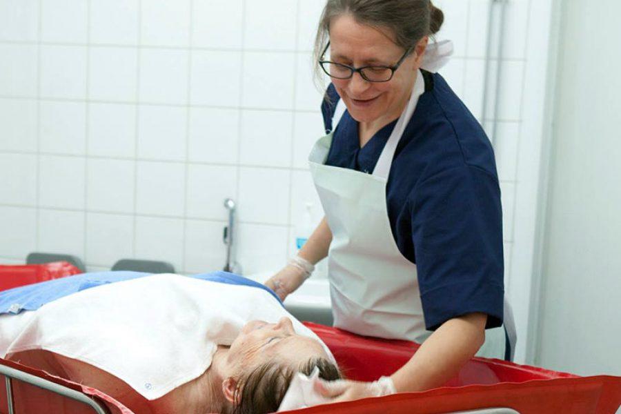 OSS: bagno assistito paziente fragile.