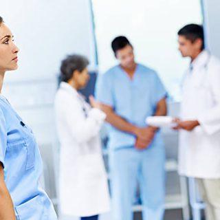 Burnout: chi si prende cura di chi si prende cura? Medici, Infermieri, Oss e Professionisti Sanitari out.