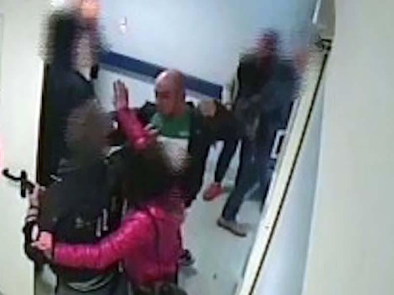 Medico picchiato da paziente: lo aveva richiamato per atti osceni in PS.