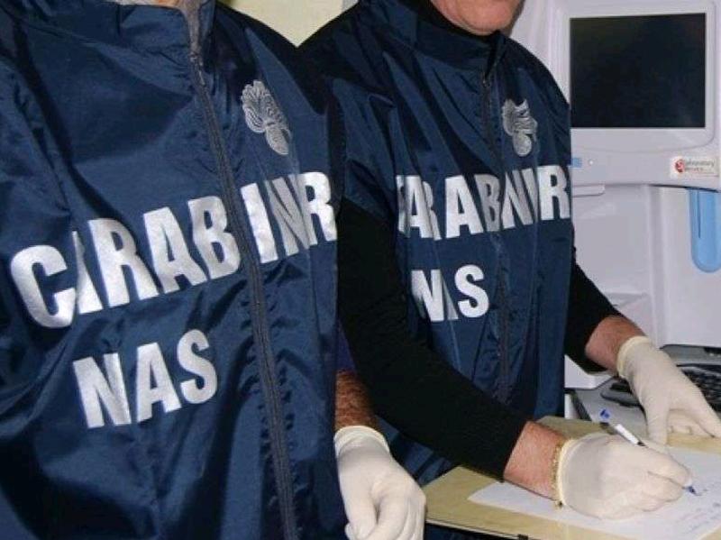 Un Medico Dirigente, due Infermieri e un Informatore sanitario arrestati per truffa allo Stato.