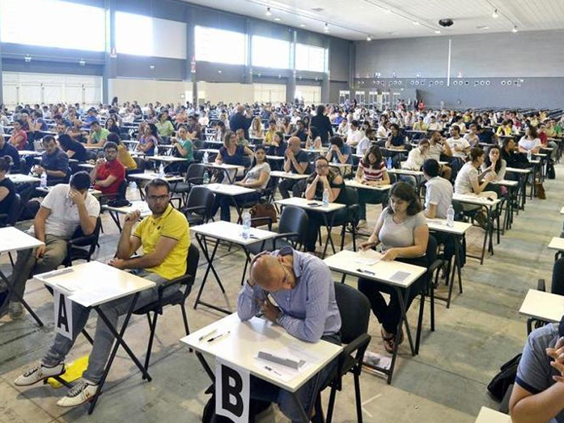 """Concorsi Infermieri Calabria. La delusione di un gruppo di colleghi: """"Generale ci faccia il piacere""""."""