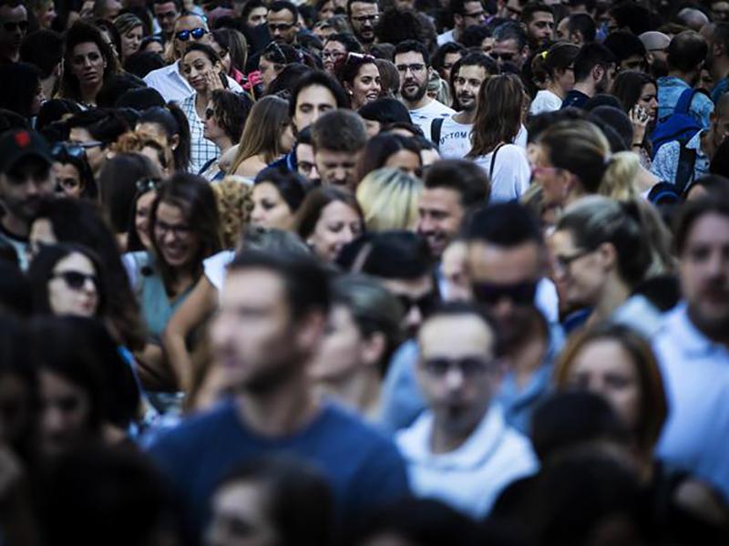 """Coronavirus. Infermieri del Concorso Ospedale """"Sant'Andrea"""" di Roma: """"assumeteci tutti, non lasciateci a vita precari""""."""