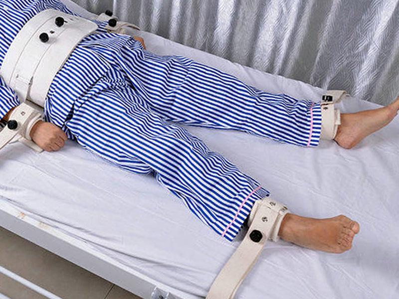 La contenzione fisica della persona adulta: il ruolo degli Infermieri nella media intensità di cura ospedaliera.