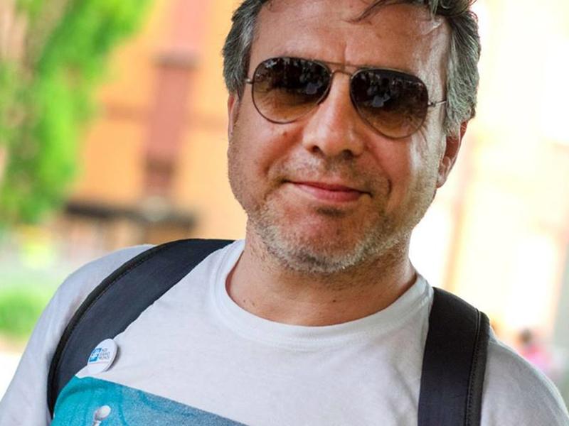 Gianni Vitale passa alla UIL e studia per fare il presidente dell'Ordine degli Infermieri di Bologna.