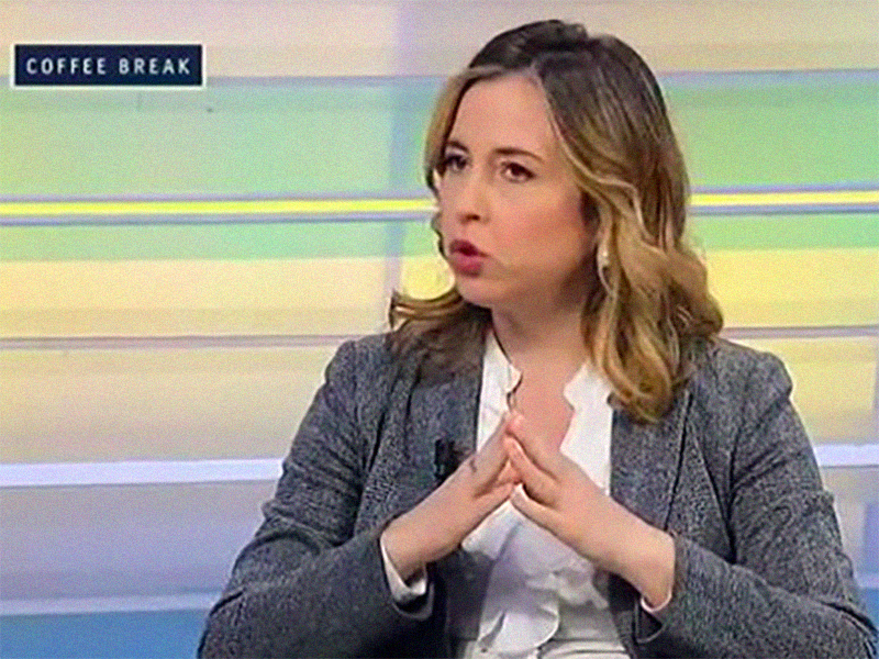 Mamme in salute: Giulia Grillo dalla parte delle donne. Esultano Ostetriche Italiane.