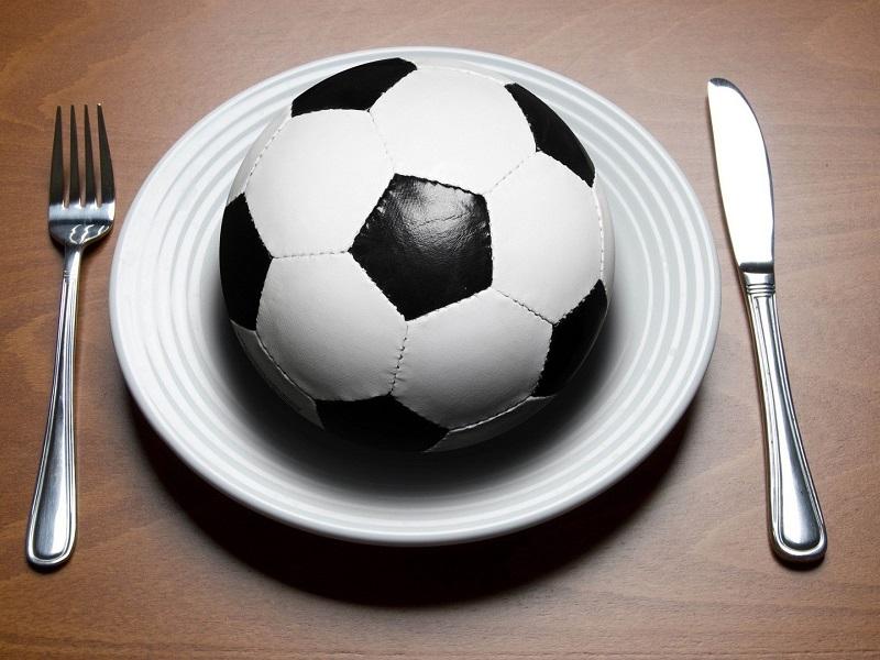 Dieta e calcio: quale alimentazione migliora la performance?