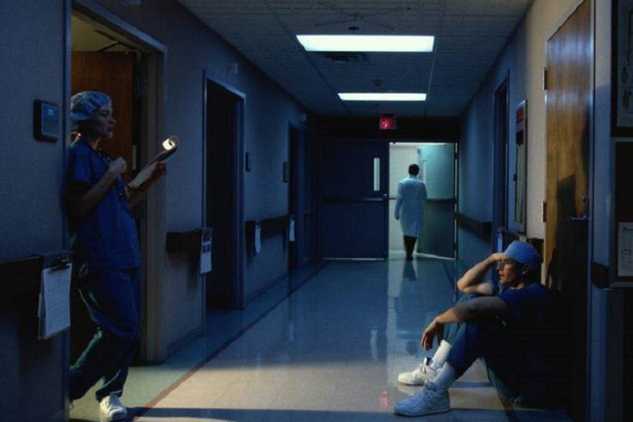 Oss picchiata da badante, rischia anche infermiera!