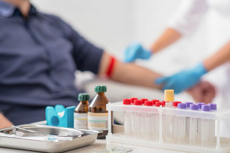 Prelievi e analisi gratis: 17 infermieri indagati!