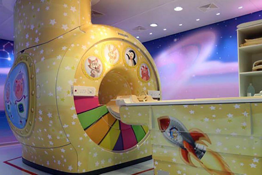 Ospedale Pediatrico Bari: arriva la Risonanza Magnetica tra pesci, navi e stelle marine.