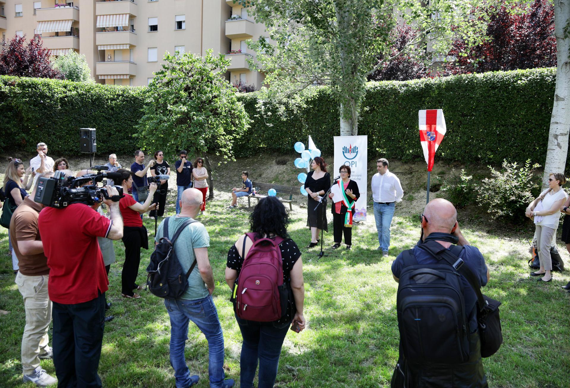 Gli Infermieri Bolognesi festeggiano Florence Nightingale: a lei dedicato un intero giardino pubblico.