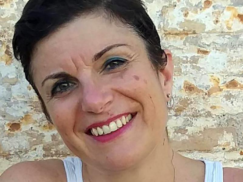 Donne che curano la famiglia: Ornella, Infermiera che ha battuto il cancro al seno.