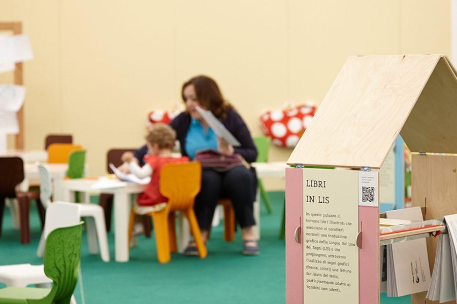 vietato non sfogliare, libri, bambini, leggere