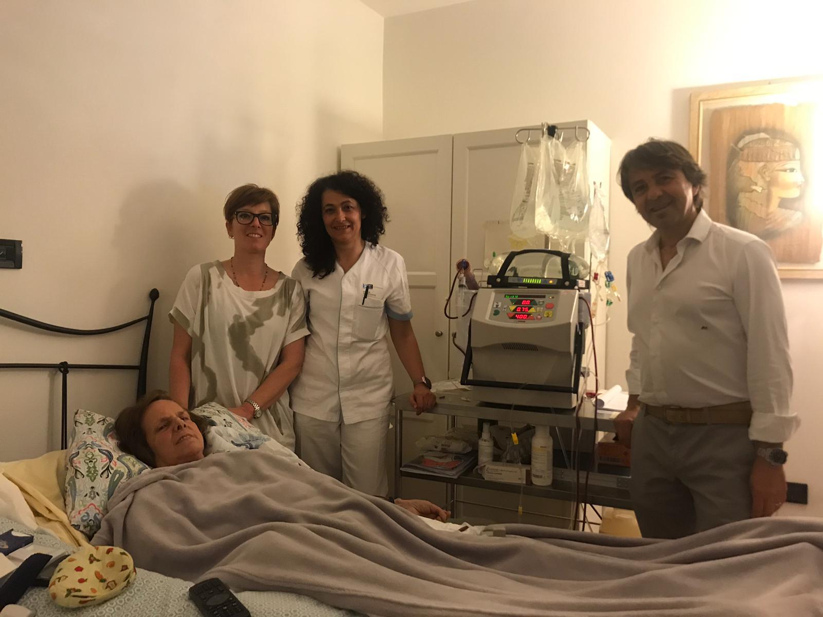 """Giovanna, dializzata da 14 anni e con frattura multipla: """"grazie ad Infermieri e Medici sono ancora viva""""."""