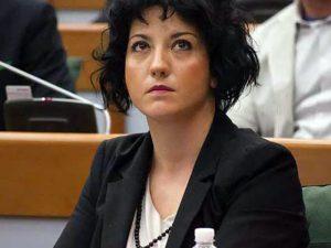 Raffaella Sensoli, consigliere regionale ER del M5S ha presentato proposta di legge per istituzione Albo degli OSS.