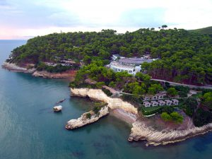 La splendida cornice del Gattarella Resort di Vieste ospiterà l'evento OPI Foggia.
