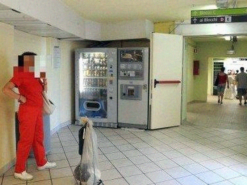 Infermieri sanzionati per un caffè: polemiche a Prato. L'Azienda sanitaria bacchetta Nursind.