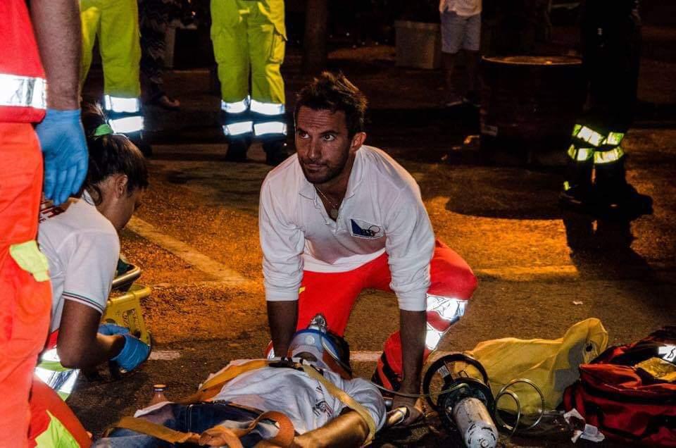 Luca Cardillo, l'infermiere-angelo salva turista con WhatsApp.