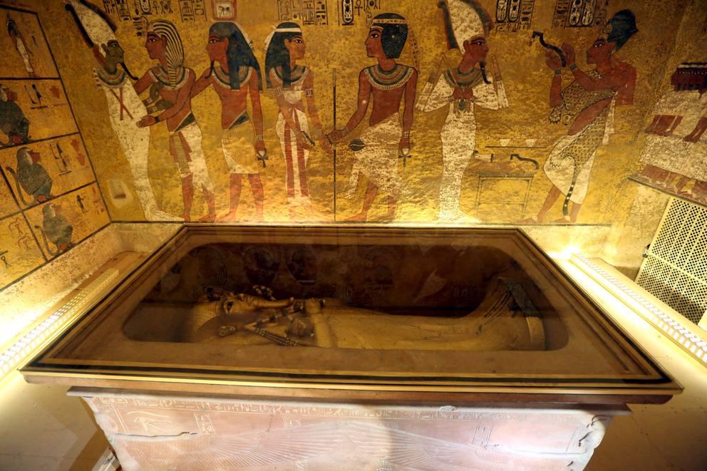 Autopsia alla mummia di Tutankhamon.