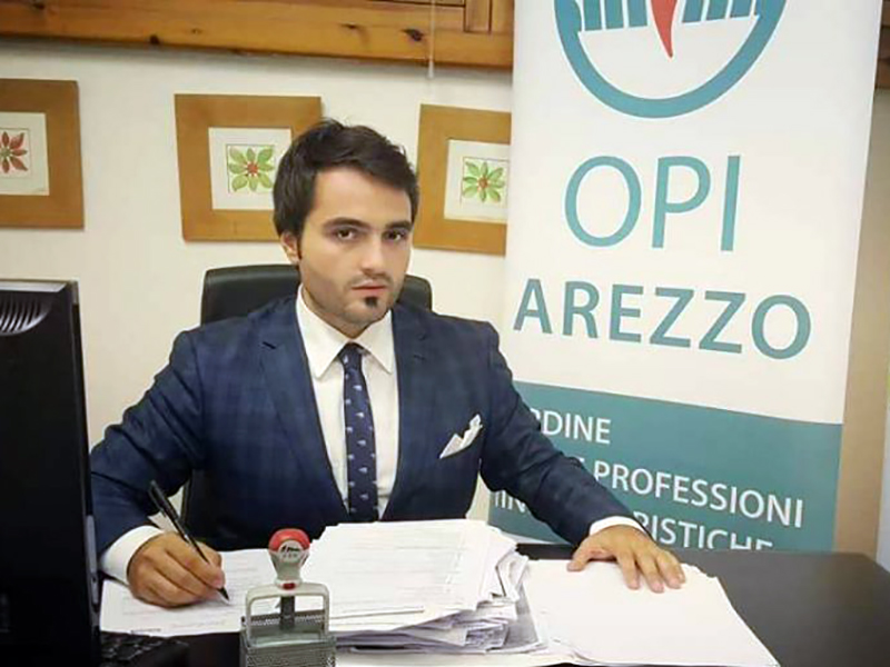 Dott. Giovanni Grasso, presidente dell'Ordine delle Professioni Infermieristiche di Arezzo per la sua campagna social contro la violenza nei confronti dei professionisti della salute.