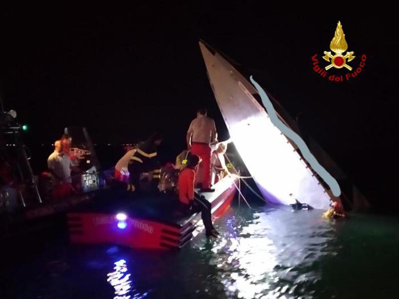 Tragico incidente a Venezia: 3 morti e 1 ferito. Offshore finito contro diga. Muore Fabio Buzzi.